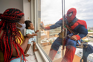 News Releases-Window Washers Brighten Patient's Day 1